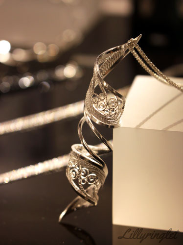 Beautiful silver necklace - check out my honest review of Brighton Made